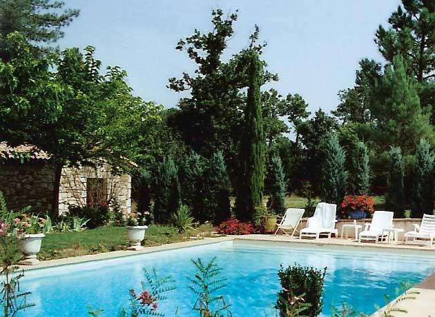 Ardeche location vacances gite chambres d h tes en for Ardeche gites piscine